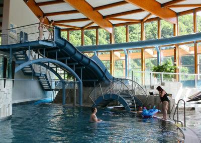 Thyragrotte mit Innenschwimmbecken
